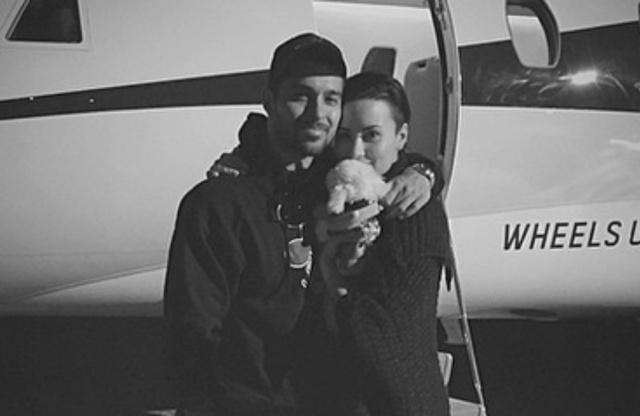 Demi Lovato 'no estaría viva' si no fuera por Wilmer Valderrama