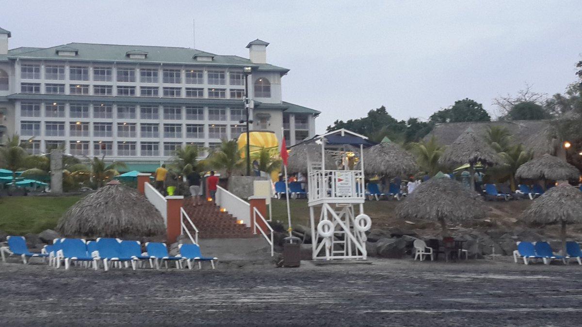 Sheraton Bijao Beach Party