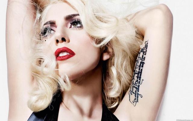 Gaga: Llegamos a los 30