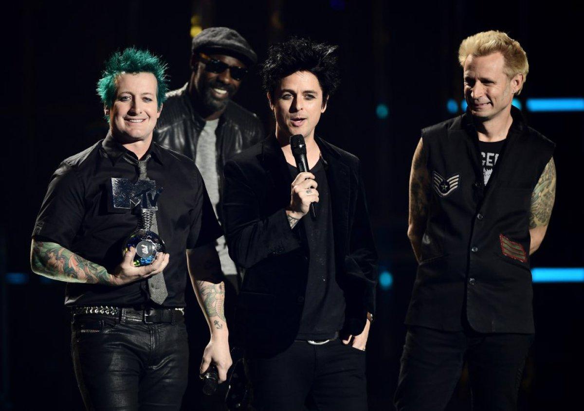 Todo lo que pasó en los MTV EMA 2016