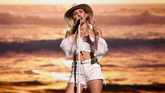 Forever Now de Miley Cyrus