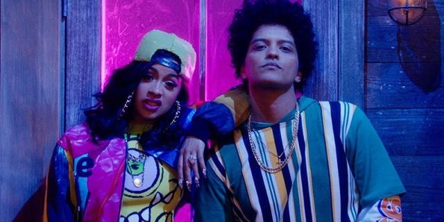 Finesse REMIX Bruno Mars junto a CardiB