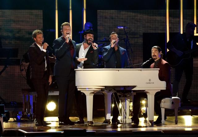 """Regresan los Backstreet Boys """"Don't Go Breaking My Heart"""""""