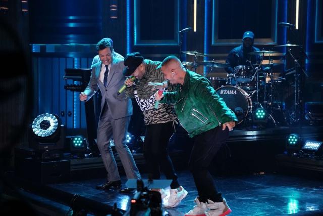 J Balvin y Nicky Jam en el Show de Jimmy Fallon