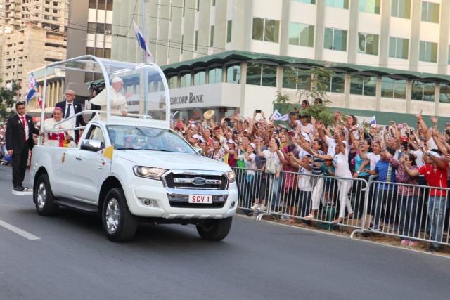 ¡Llegó el Papa Francisco!