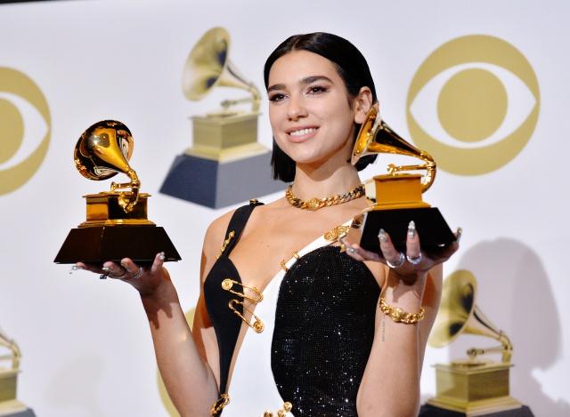 Así se iluminó el escenario en los Grammys 2019