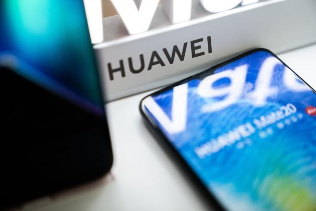 Veto Google a Huawei