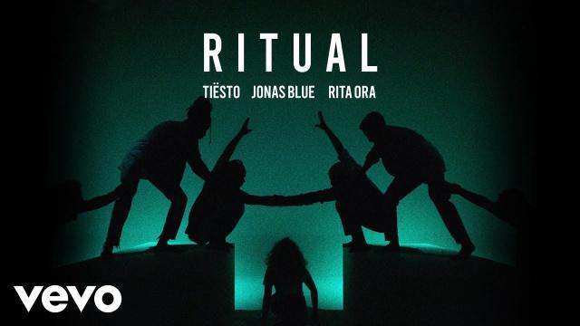 """Tiesto junto Jonas Blue y Rita Ora en """"Ritual"""""""