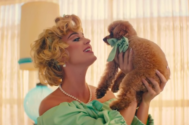 Katy Perry estrena video de 'Small Talk'