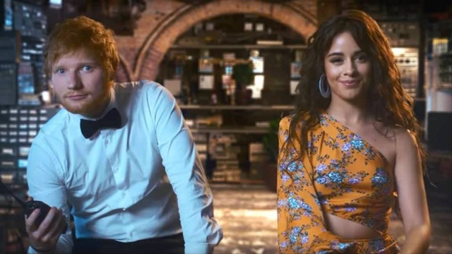 Ed Sheeran, Camila Cabello y Cardi B son espias en 'South of the Border'