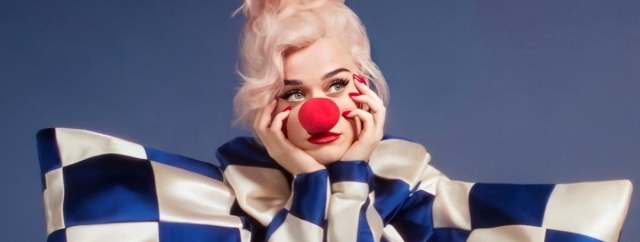 "Katy Perry presentó ""Smile"""